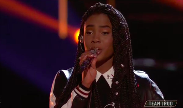 "Kennedy Holmes sings ""Halo"" on The Voice 2018 Live Playoffs"