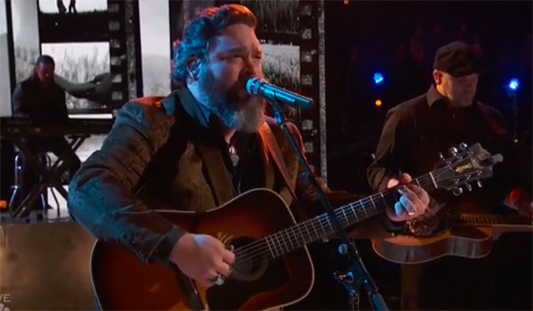 "Dave Fenley sings ""When You Say Nothing At All"" on The Voice Top 10 Live Shows"