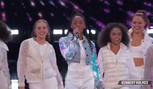 "Kennedy Holmes sings ""Me Too"" on The Voice Top 10 Live Shows"