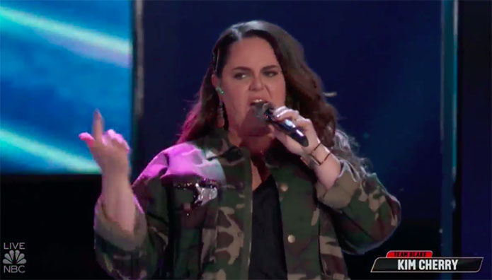 """Kim Cherry sings """"Whatta Man"""" on The Voice Top 13 Live Shows"""