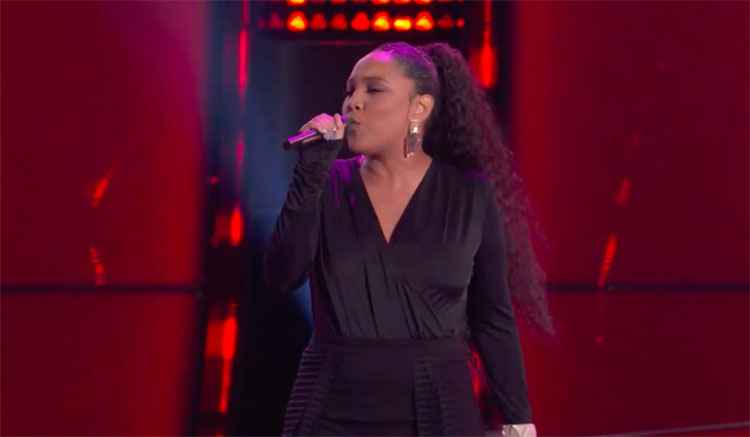 """Arei Moon sings """"Miss Independent"""" on The Voice Blind Auditions 2020"""