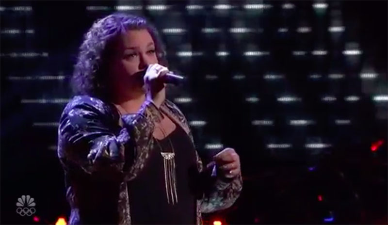 "Brittney Allens sings ""Dancing On My Own"" on The Voice Blind Auditions 2020"