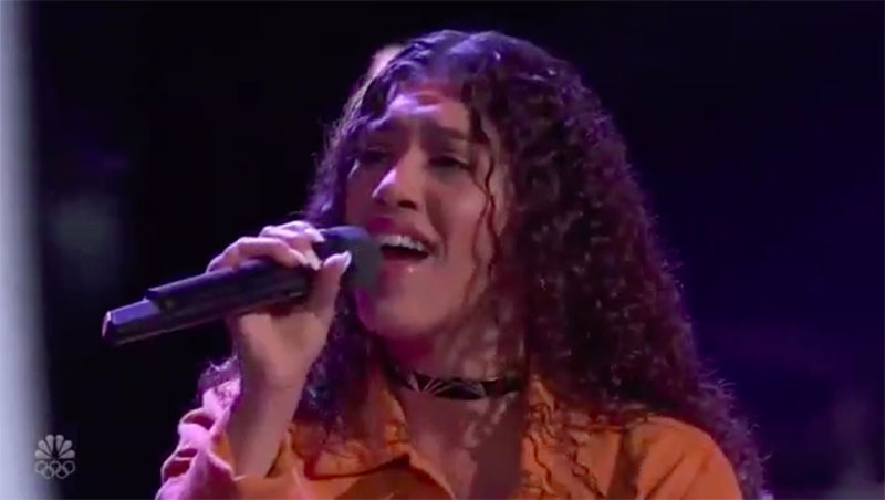 """Mandi Castillo sings """"Asi Fue"""" on The Voice Blind Auditions 2020"""