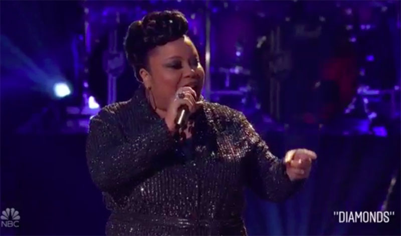 "Toneisha Harris sings ""Diamonds"" on The Voice Knockouts 2020"