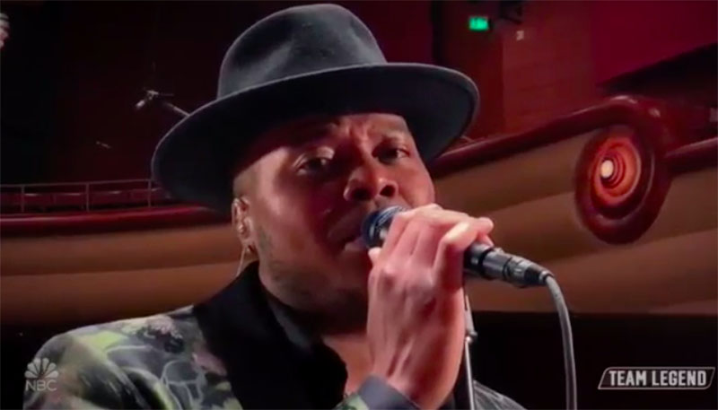 "Mike Jerel sings ""All My Life"" on The Voice 2020 Live Playoffs"
