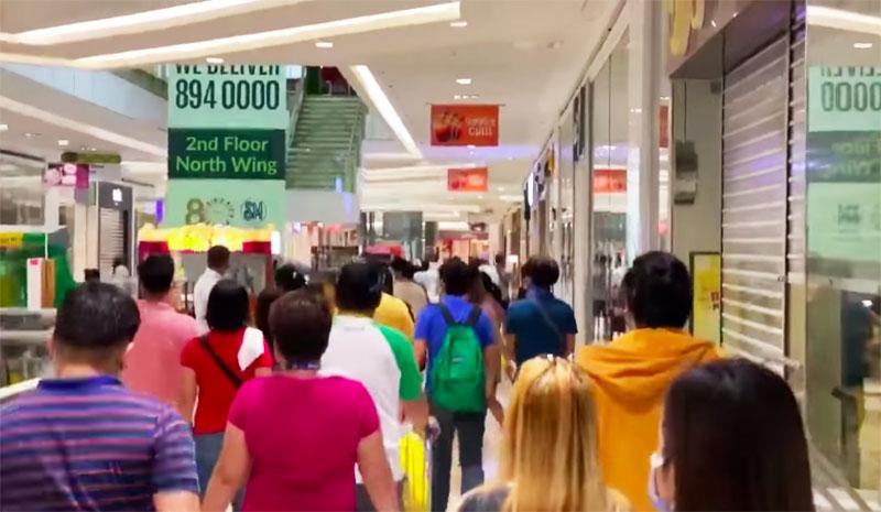 Sitwasyon ng mga Mall sa Maynila sa unang araw ng MECQ