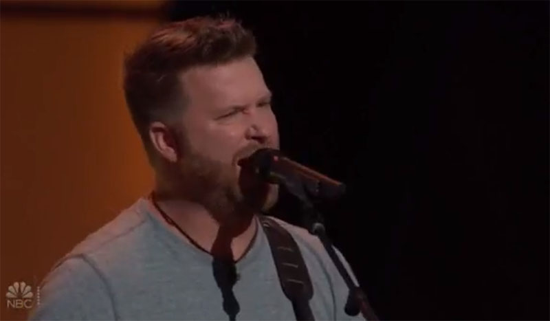 "Ben Allen sings ""Red Dirt Road"" on The Voice Blind Auditions"