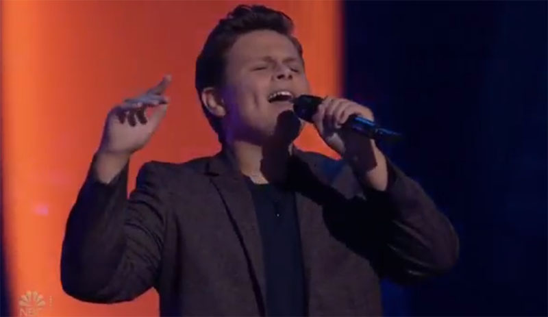 """Carter Rubin sings """"Before You Go"""" on The Voice Blind Auditions"""
