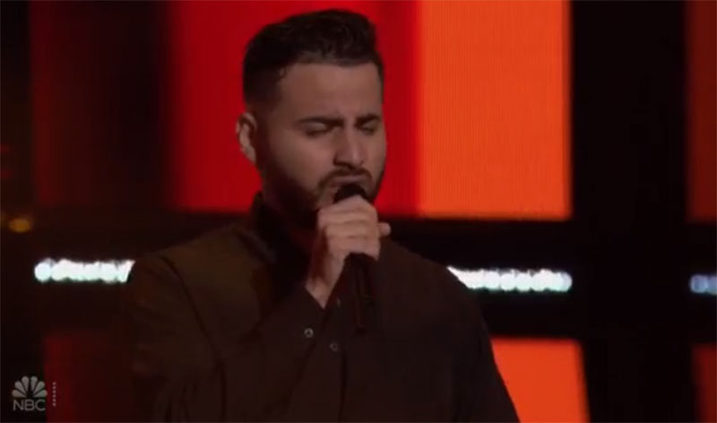 "Eli Zamora sings ""Ya Lo Se Que Tu Te Vas"" on The Voice Blind Auditions"