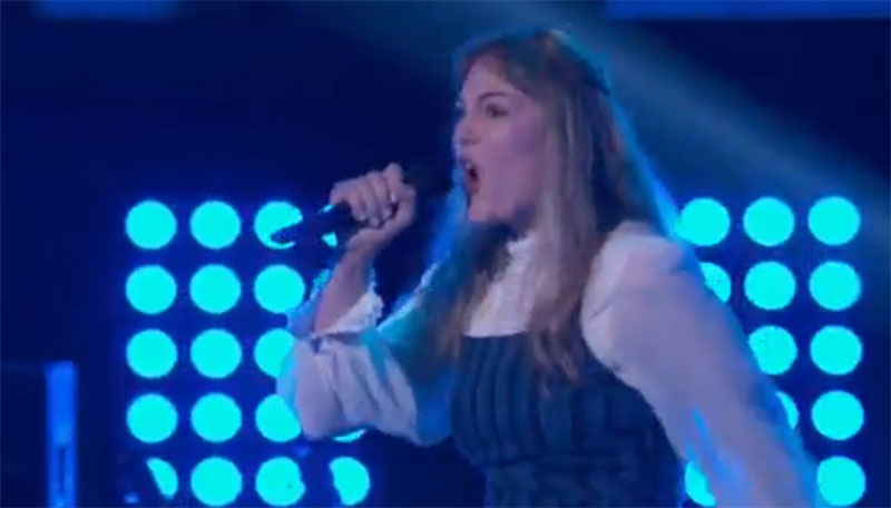 """Lauren Frihauf sings """"Come To My Window"""" on The Voice Blind Auditions"""