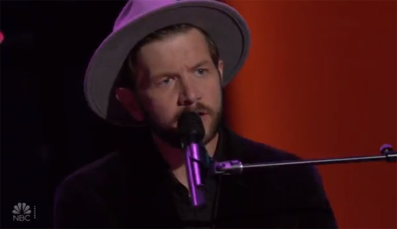 """Sid Kingsley sings """"Don't Think Twice It's All Right"""" on The Voice Blind Auditions"""