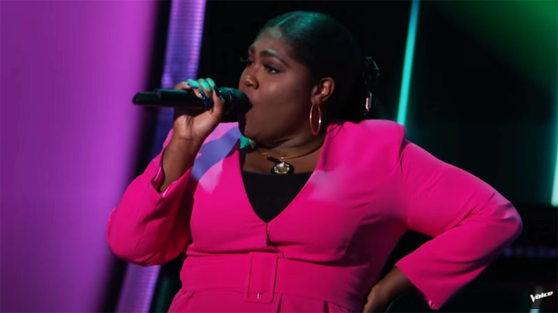 "Tamara Jade sings ""Cuz I Love You"" on The Voice Blind Auditions"