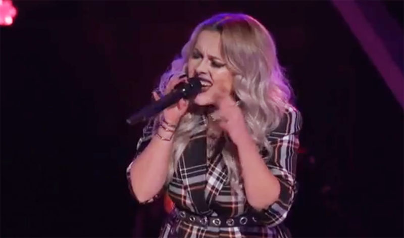 """Cami Clune sings """"I Put a Spell on You"""" on The Voice Knockouts"""