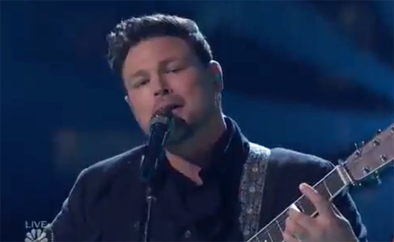 "Ian Flanigan sings Original Song ""Never Learn"" on The Voice Top 5 Live Finale"