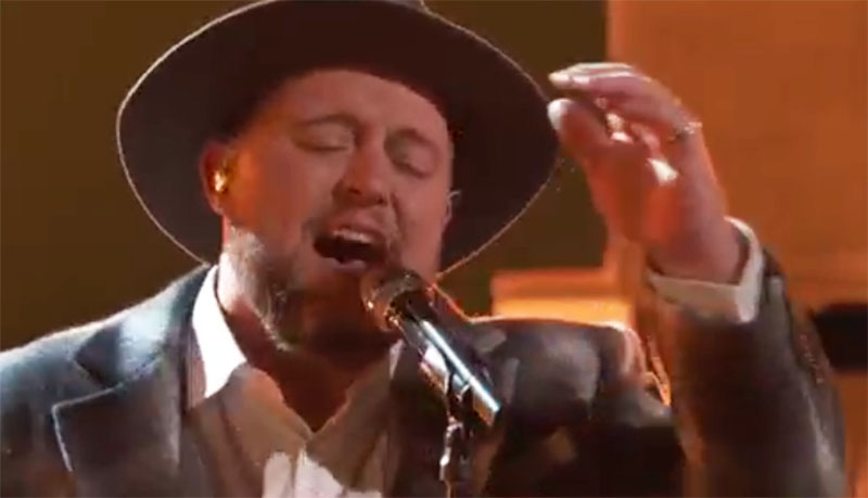 """Jim Ranger sings """"With a Little Help from My Friends"""" on The Voice Top 5 Live Finale"""