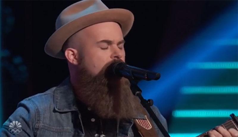 """Aaron Konzelman sings """"Ordinary World"""" on The Voice Season 20 Blind Auditions"""