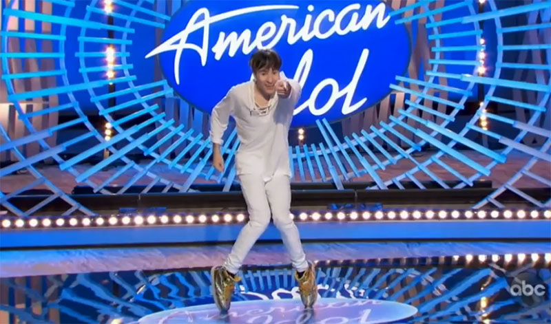 """Anthony Key sings """"Dynamite"""" by BTS on American Idol 2021 Auditions"""