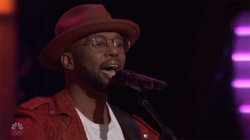"Devan Blake Jones sings ""Hard Place"" on The Voice Season 20 Blind Auditions"