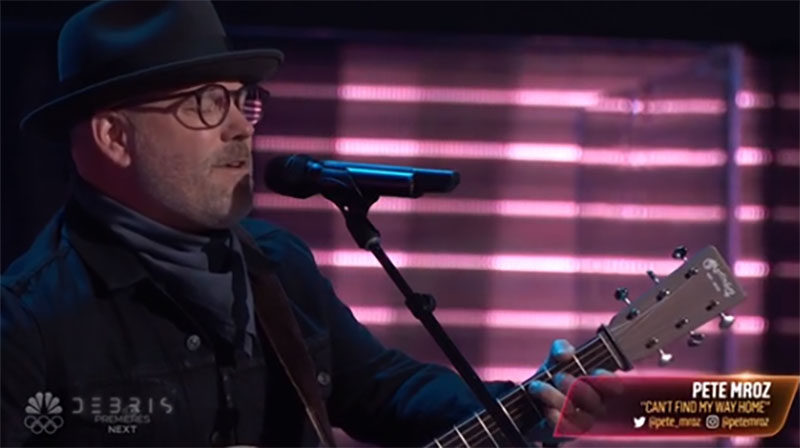 """Pete Mroz sings """"Can't Find My Way Home"""" on The Voice Season 20 Blind Auditions"""