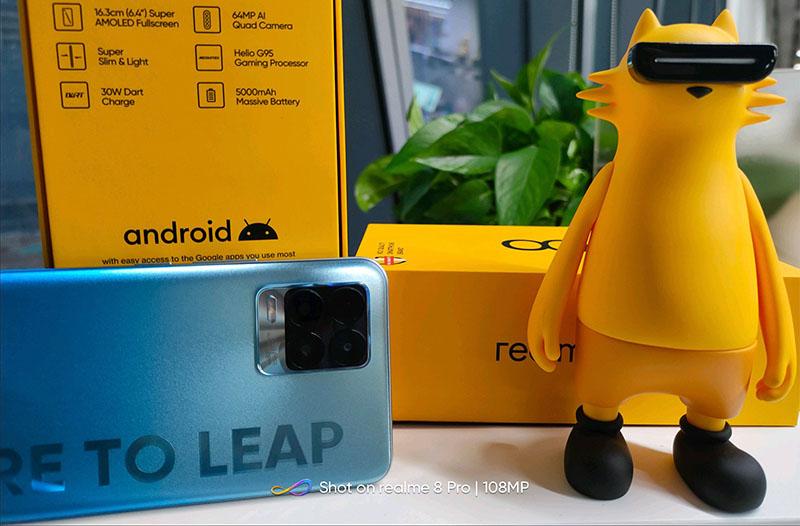 Realme 8 Pro, Realme 8 to Launch Soon, Design Leaks Online!