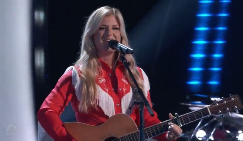 """Kinsey Rose sings """"Cowboy Take Me Away"""" on The Voice Blind Auditions 2021"""