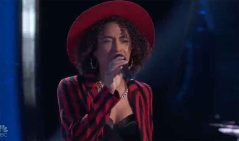 """Samara Brown sings """"Sweet Thing"""" on The Voice Blind Auditions 2021"""