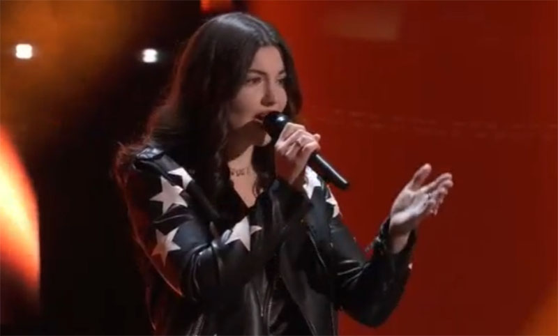 """Alexandra Stojack sings """"The Way I Am"""" on The Voice Blind Auditions 2021"""