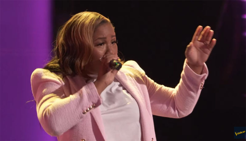 """Brittany Bree sings """"Call Out My Name"""" on The Voice Blind Auditions 2021"""